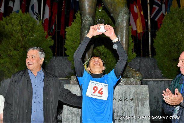 Yoshihiko Ishikawa liquidó los 246km de la Spartathlon a 5'34''km