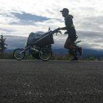 Pete Kostelnick completa 8.600km a razón de 87km/día y arrastrando un carrito