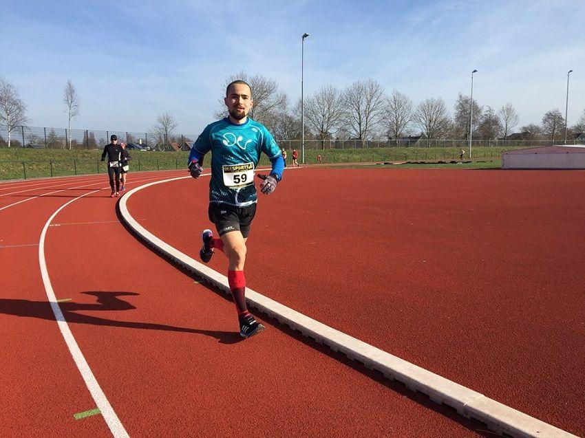 Iván Penalba: 125 vueltas a la pista a 3'50'' para ganar con marca personal los 50km de Steenwijk