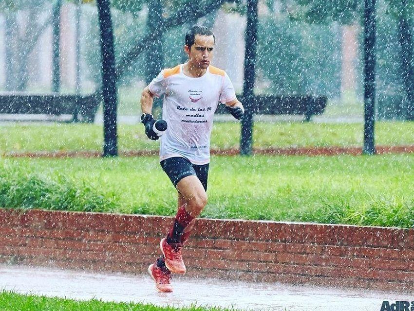 Iván Penalba consigue correr 12 horas a 4'37''/km, nuevo récord de España