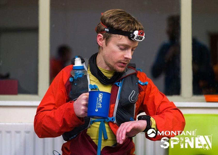 24 horas de The Spine Race: John Kelly líder destacado y ya 26 retirados